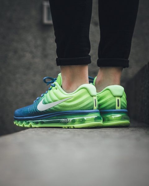 Nike WMNS Air Max 2017 - Polar/White-Ghost Green 3