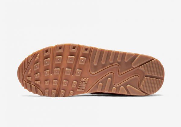 Nike WMNS Air Max 90 Essential - Ember Glow/Arctic Orange-Dark Cayenne-Summit White-Gum Medium Brown 5