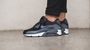 Nike WMNS Air Max 90 Leather – Black/Metallic Hematite-Dark Grey-Sail