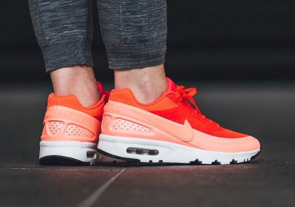 Nike WMNS Air Max BW Ultra - Bright Crimson/Atomic Pink-White-Black 3