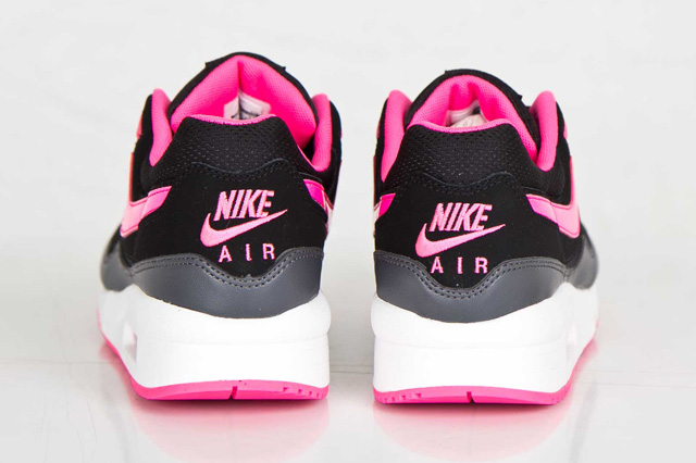 nike-wmns-air-max-light-hyper-pink-6