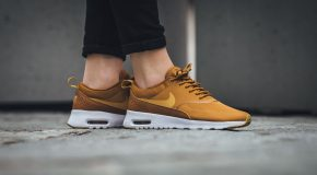 Nike WMNS Air Max Thea – Desert Ochre/Gold Dart-White