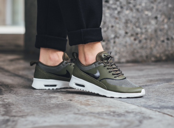 Nike WMNS Air Max Thea - Medium Olive/Black-Summit White 2