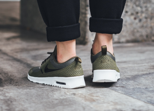 Nike WMNS Air Max Thea - Medium Olive/Black-Summit White 3