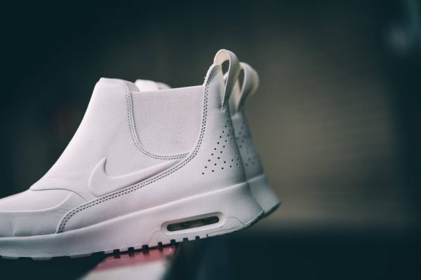Nike WMNS Air Max Thea Mid Pinnacle - White 2