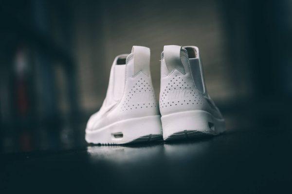 Nike WMNS Air Max Thea Mid Pinnacle - White 3