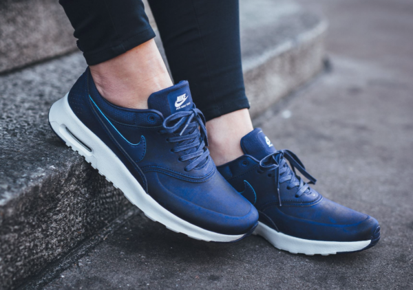 Nike WMNS Air Max Thea Premium - Loyal Blue/Summit White 3
