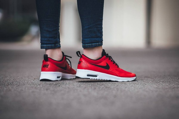 Nike WMNS Air Max Thea - University Red/Black-White 3