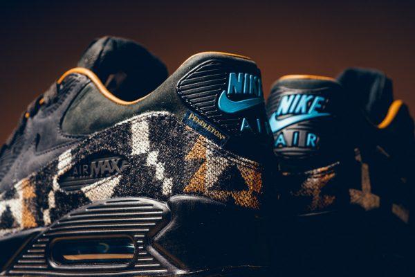 Pendleton x Nike Air Max 90 6