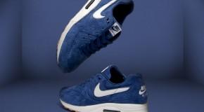 Nike Air Max Light SIZE? X NIKE SPORTSWEAR PERF PACK