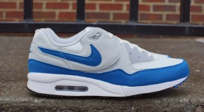 Nike Air Max Light Essential – Summit White/Military Blue–Wolf Grey