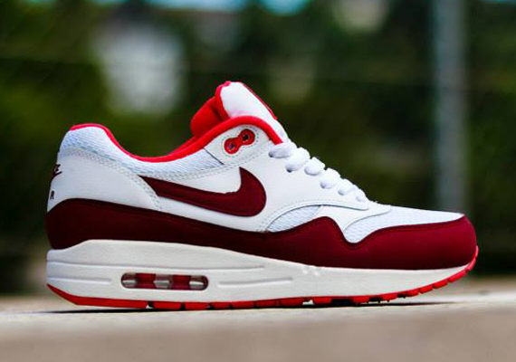 Nike Air Max 1 WMNS White Team Red Action Red