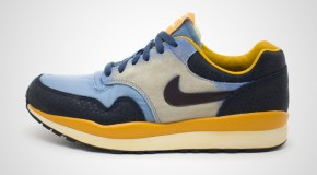 NIKE AIR SAFARI VNTG – WORK BLUE/BLACK TEA-THUNDER BLUE-DARK GOLD