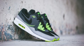 Nike Air Max Light Essential – Black/Dark Grey-Volt