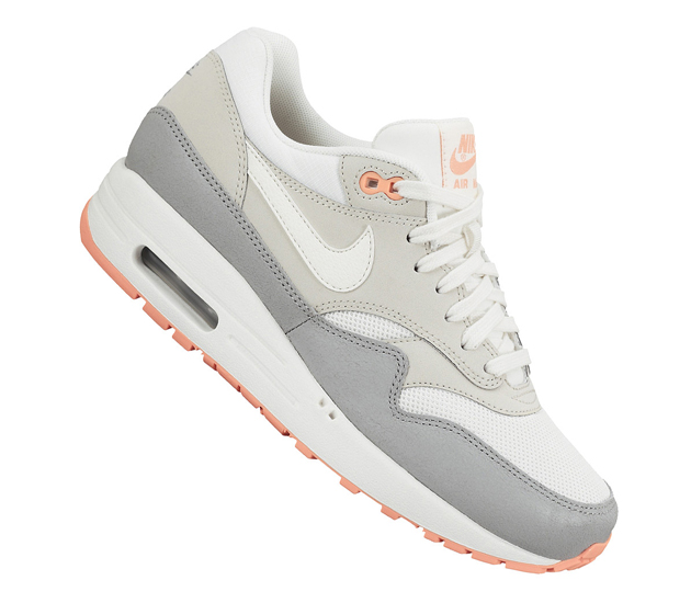 low priced 5b387 a4097 Nike Air Max 1 Essential
