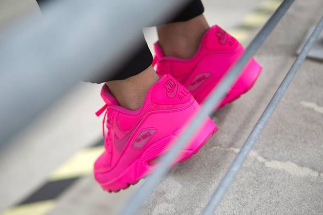 Damskie nike air max 90 hyper pink różowe neon Zdjęcie na