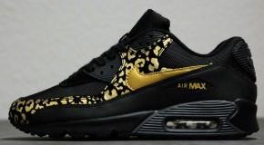 Nike WMNS Air Max 90 – Black/Metallic Gold-Anthracite