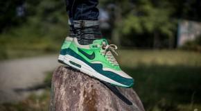 Nike Air Max 1 Essential – Birch/Dark Atomic Teal-Poison Green-Atomic Teal