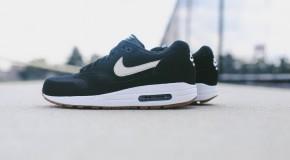 Nike Air Max 1 Essential – Black / White
