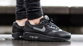 Nike Air Max 1 GS – Black / Cool Grey – White