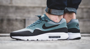 Nike Air Max 1 Ultra Essential – Shark/Black-Hasta-White