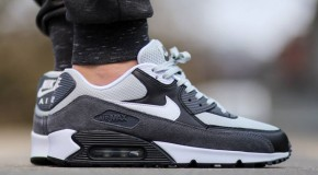 Nike Air Max 90 Essential – Grey Mist / White – Dark Grey