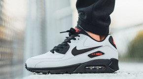 Nike Air Max 90 Essential – Wolf Grey / Black – Black – University Red