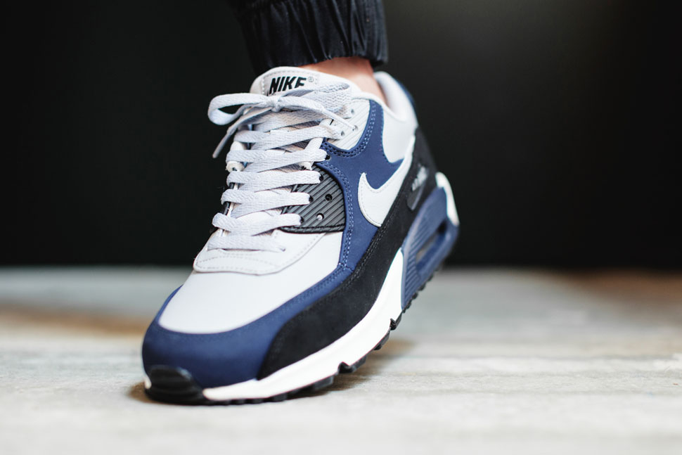 nike air max 90 leather wolf grey midnight navy. Black Bedroom Furniture Sets. Home Design Ideas