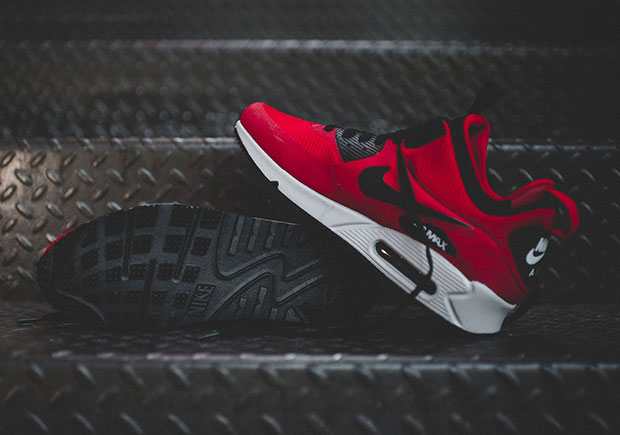 Nike Air Max 90 Mid Winter – Gym RedBlack Wolf Grey