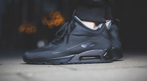 "Nike Air Max 90 Mid Winter ""Triple Black"""