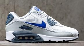 Nike Air Max 90 – Summit White / Lyon Blue – Grey Mist