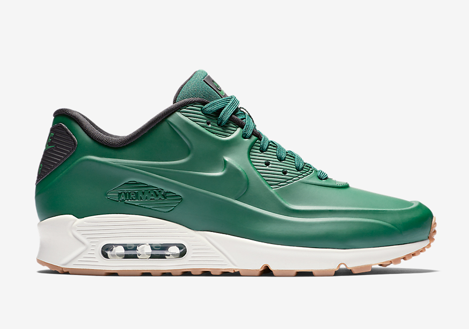 black air max with green