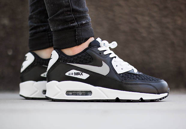 Nike Air Max 90 Woven – White Reflect Silver – Black