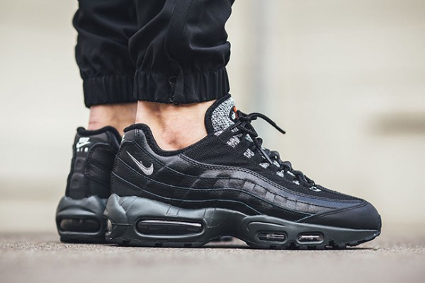 Nike Air Max Tavas Leather Cool GreyCool Grey Dark Grey