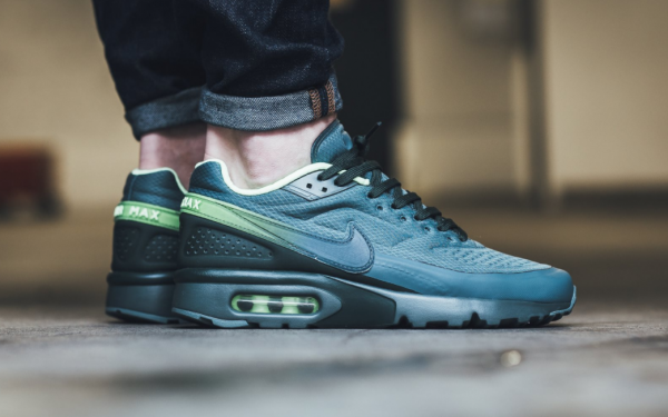 Nike Air Max BW Ultra SE – HastaGhost Green Grove Green