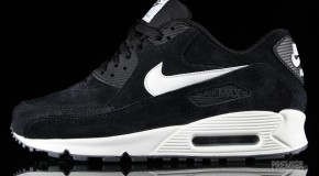 Nike Air Max 90 Essential. Suede Pack – Black / Sail