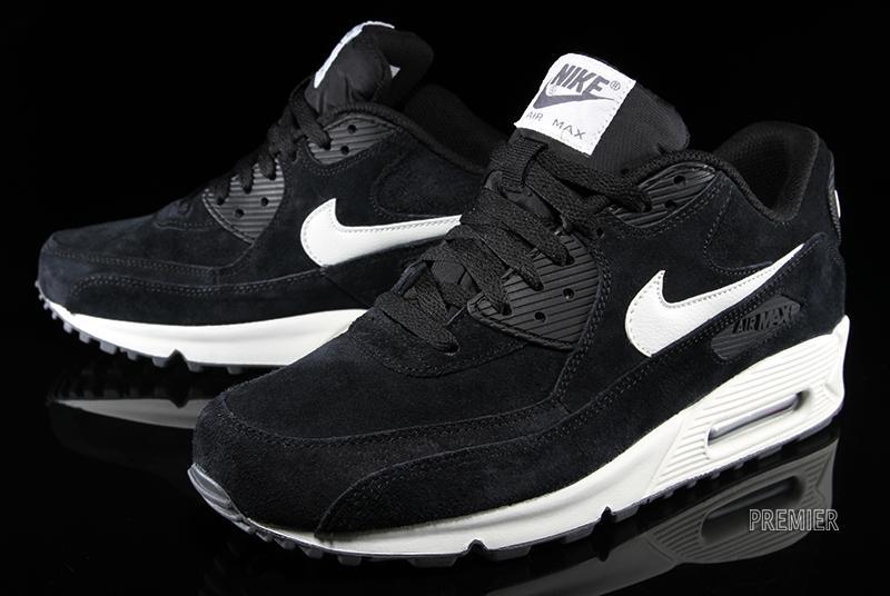 Nike Air Max 90 Essential. Suede Pack – Black Sail