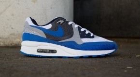 Nike Air Max Light BR – White/Medium Navy/Dark