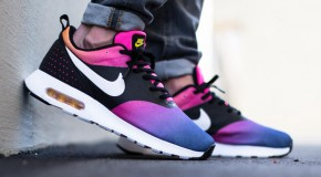 Nike Air Max Tavas – Black / White – Pink Pow – True Yellow