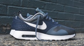 "Nike Air Max Tavas Essential ""Midnight Navy"""