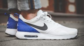 Nike Air Max Tavas – White/Black-Paramount Blue