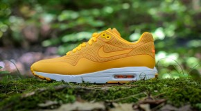 Nike WMNS Air Max 1 Ultra Moire – Laser Orange/Total Orange-White