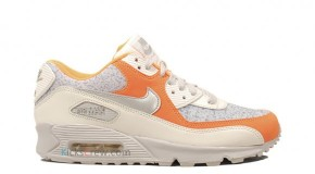 Nike WMNS Air Max 90 sail/metallic silver-bright ctrs-ntrl