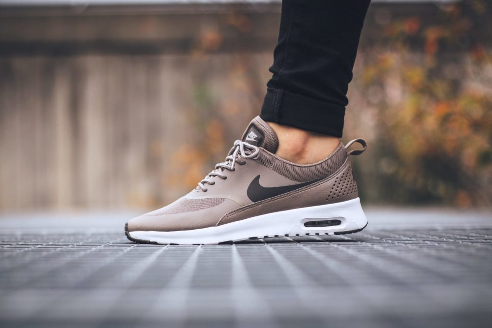 buty nike wmns air max thea premium cool grey