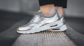 Nike WMNS Air Max Thea Metallic – Metallic Silver/Pure Platinum