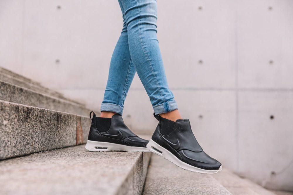 quality design 2fc61 65206 Nike WMNS Air Max Thea Mid – Black Sail-Reflect Silver