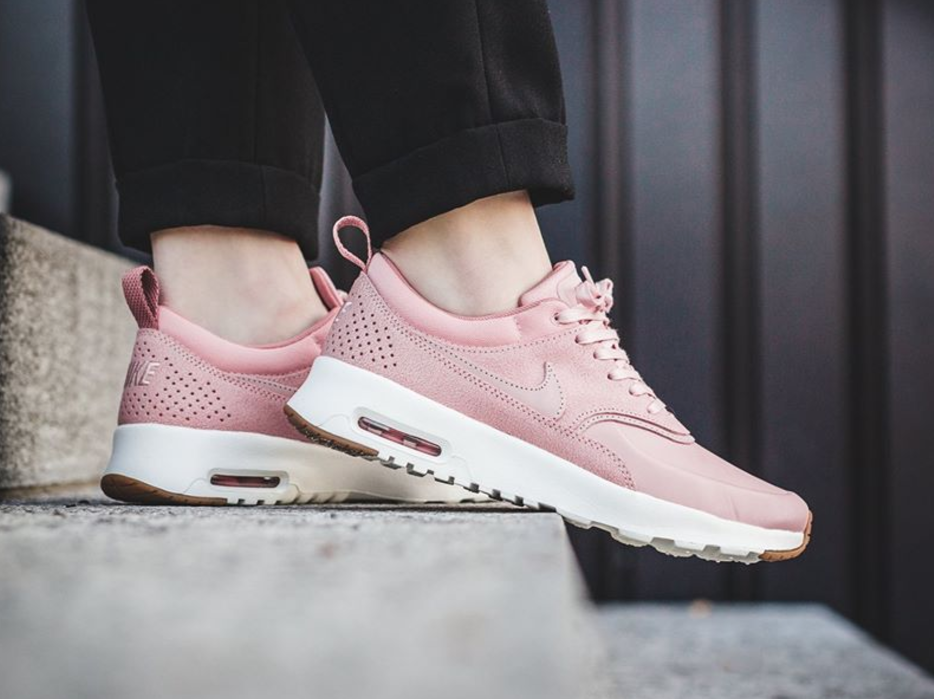 Nike WMNS Air Max Zero – Light Orewood BrownOatmeal White