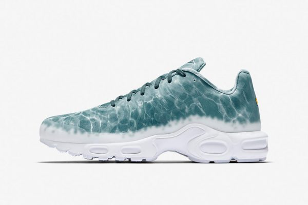 nikelab-air-max-plus-le-requin-5