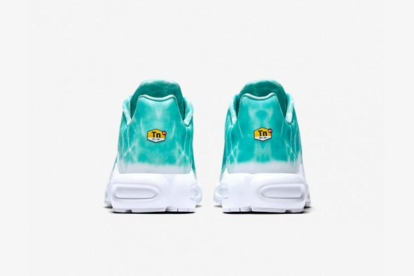 nikelab-air-max-plus-le-requin-8